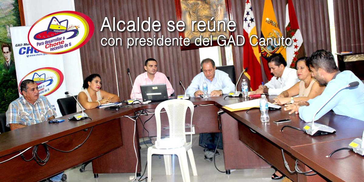Alcalde se reúne con presidente del GAD Canuto