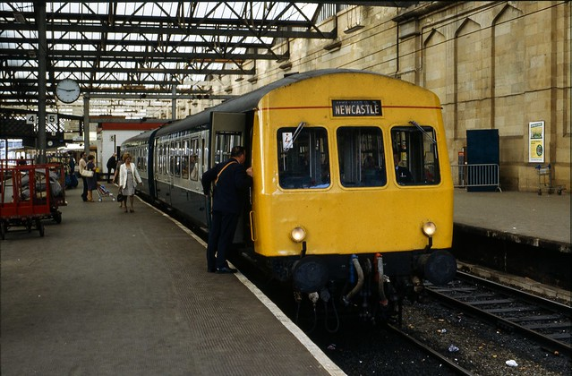 Class 101 DMU @ Carlisle, 11/09/1982 [slide 8224]