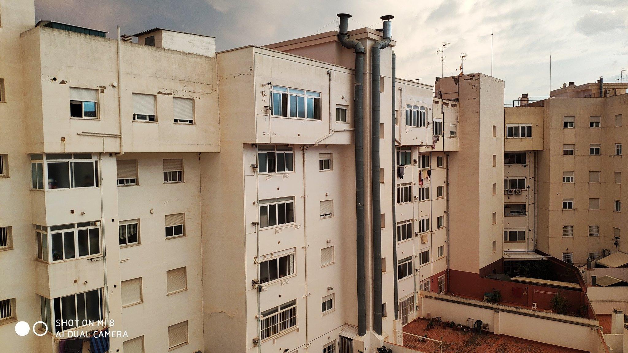 Fotografías edificios y paisajes urbanos Mi 8