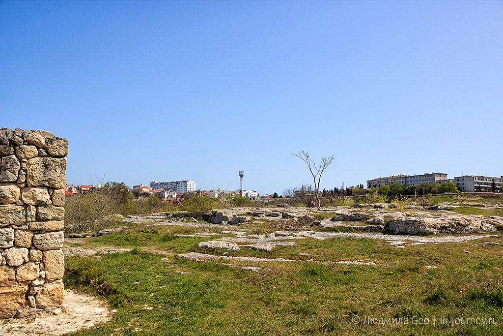 руины монастыря Богородицы Влахернской