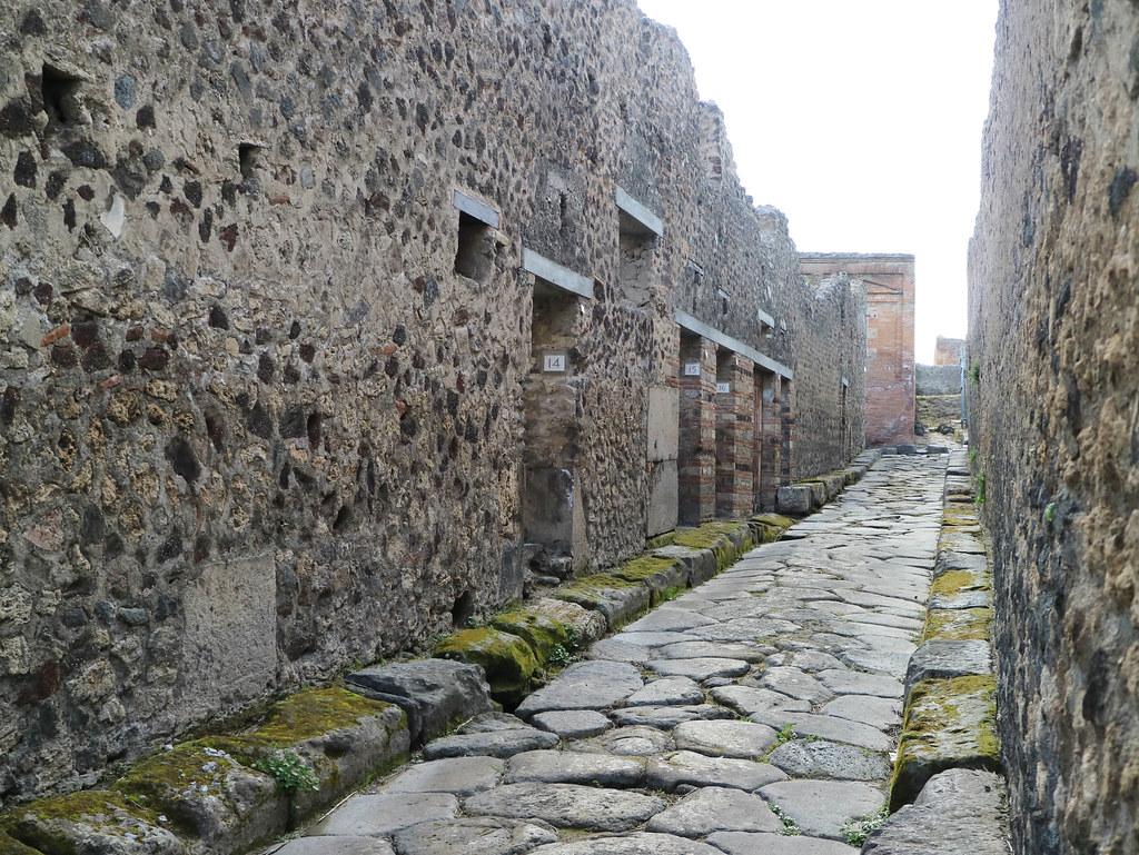 Ruta a pie por Pompeya
