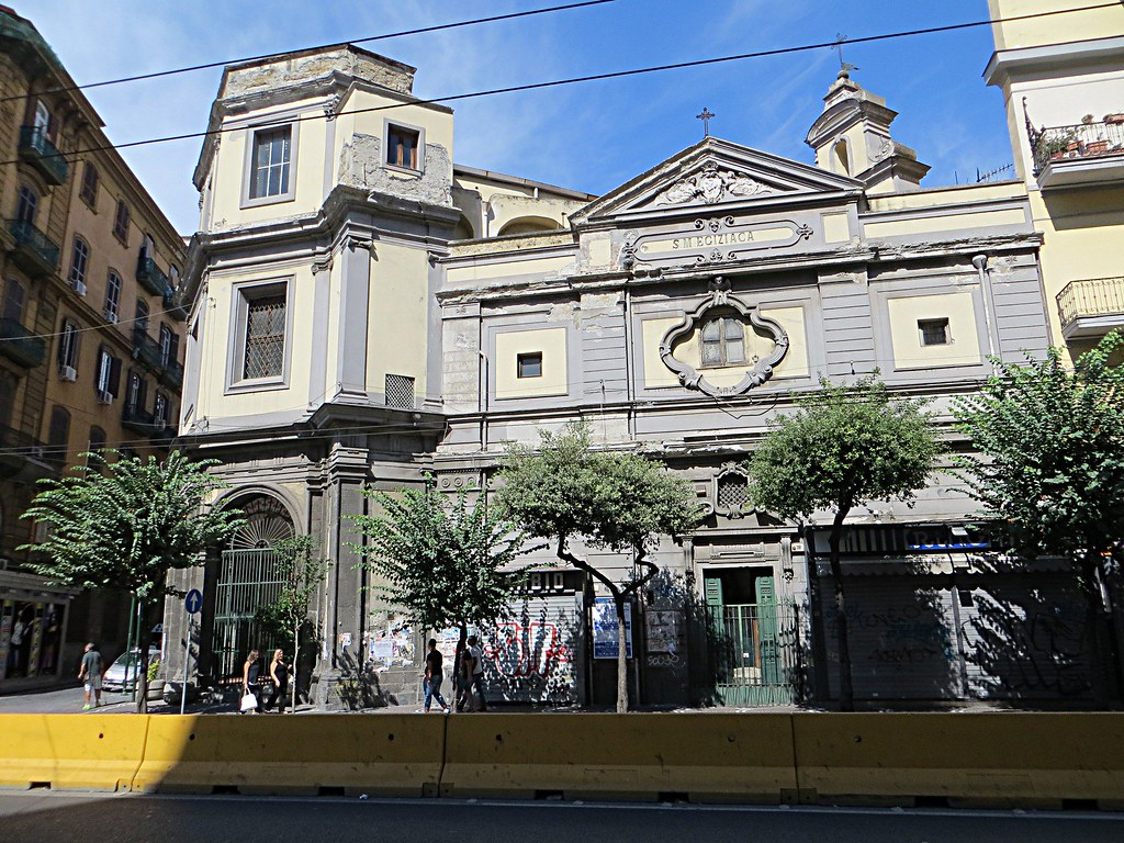 Chiesa_di_Santa_Maria_Egiziaca_a_Forcella_-_panoramio