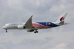 A350 9M-MAC London Heathrow 15.06.18-1