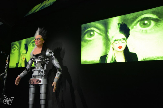 Artists & Robots - Orlan