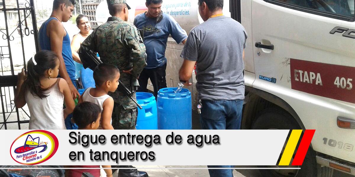 Sigue entrega de agua en tanqueros
