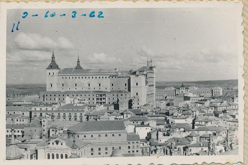 Alcázar desde la Catedral en 1962. Fotografía de Julián C.T.