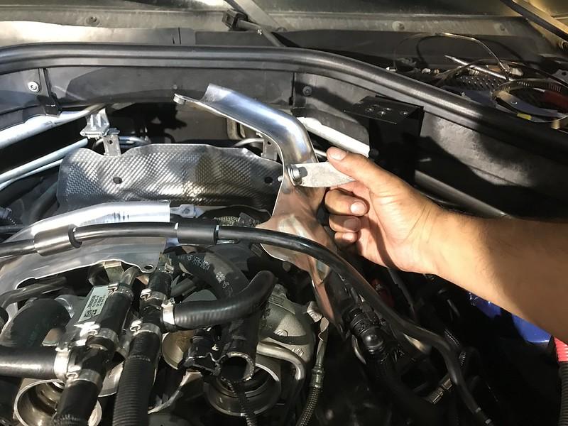 E70 X5M Turbocharger Removal DIY - XBimmers com   BMW X6
