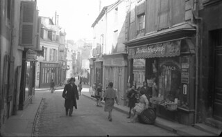 Glass Plate Negative c. 1900's-30's Street Scene & Vehicles, Poitiers France
