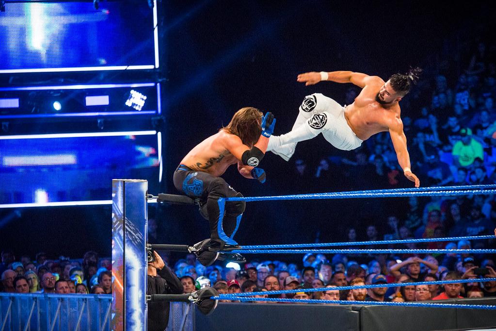 PHOTOS/VIDEOS: WWE SmackDown live at Mohegan Sun Arena in ...
