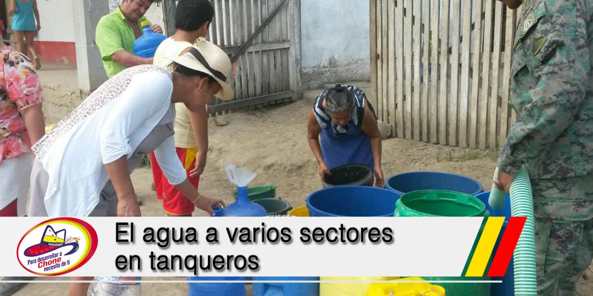 El agua a varios sectores en tanqueros