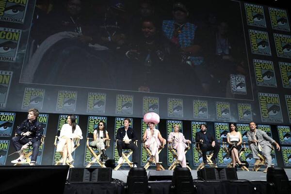 エディ・レッドメイン『ファンタビ2』をコミコン2018でアピール!
