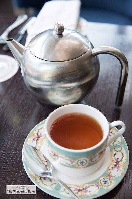 Creamy Earl Grey tea