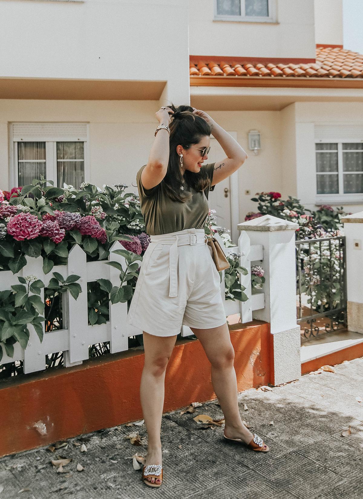 shorts-cinturon-sandalias-joyas-look-myblueberrynightsblog12