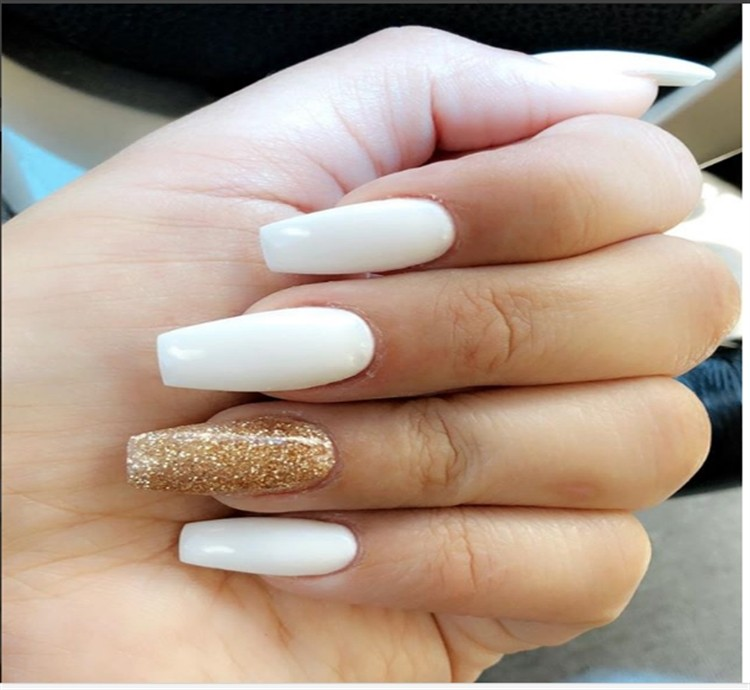 30+ Elegant White and gold Nail Art Designs trends nails 2018
