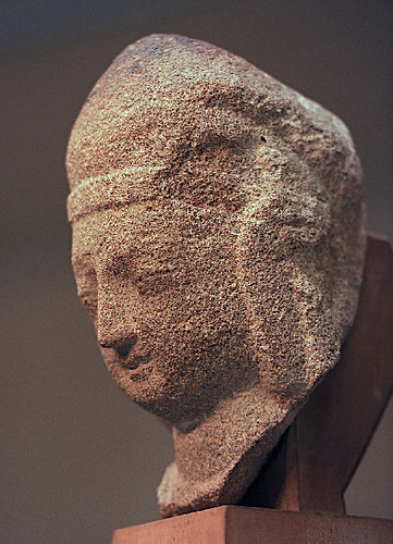 The head, dating back 1,500 years to Northern Wei Dynasty (386-535), was stolen in around 1925 from a cave in Yungang Grottoes. From china.org.cn