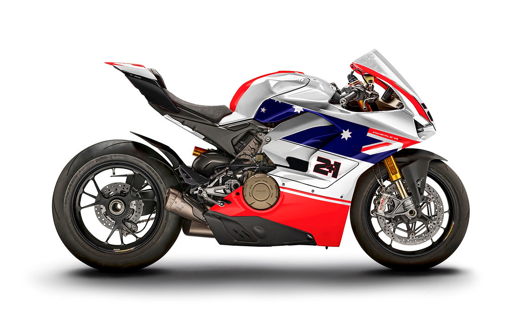 Ducati V4 - Page 8 43481071181_ee1b1f18ee_b