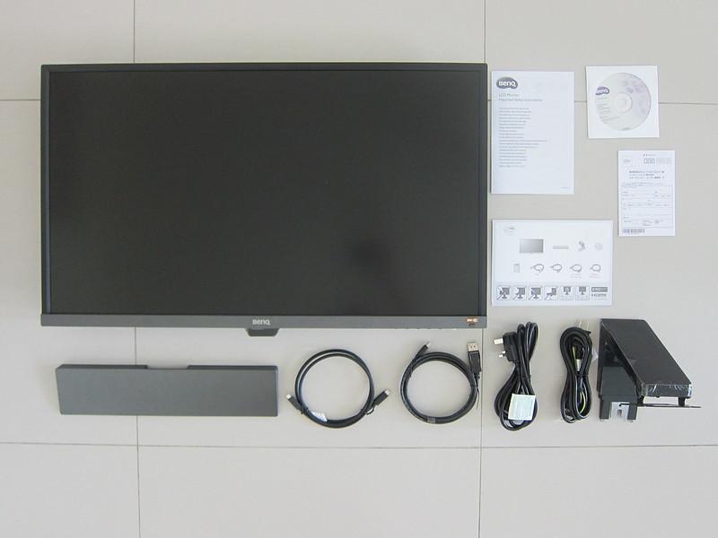 BenQ EW3270U - Box Contents