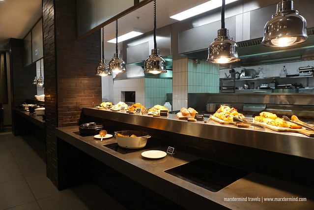 Breakfast at Blackwattle Grill Restaurant - Rydges Sydney Airport Hotel