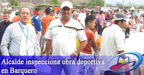 Alcalde inspecciona obra deportiva en Barquero