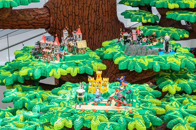 LEGO House 06