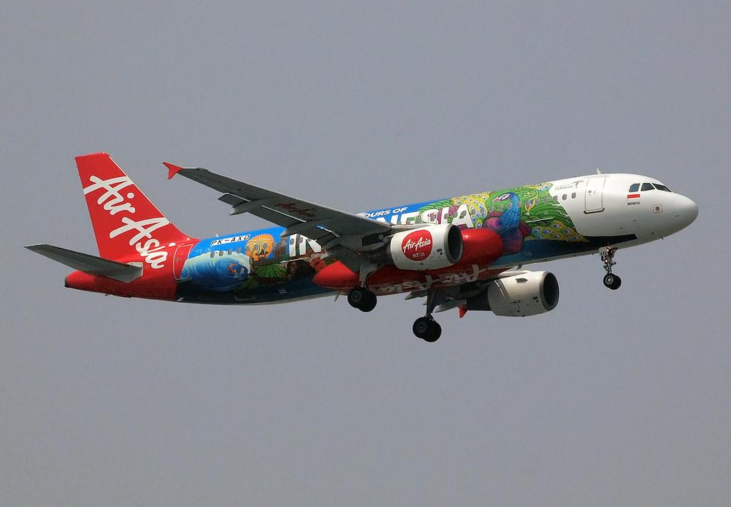 Indonesia AirAsia Airbus A320-200 PK-AXD / CGK