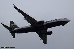 EI-EVA - 40288 - Ryanair - Boeing 737-8AS - Luton M1 J10, Bedfordshire - 2018 - Steven Gray - IMG_6956