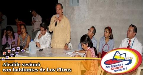 Alcalde sesionó con habitantes de Los Citrus
