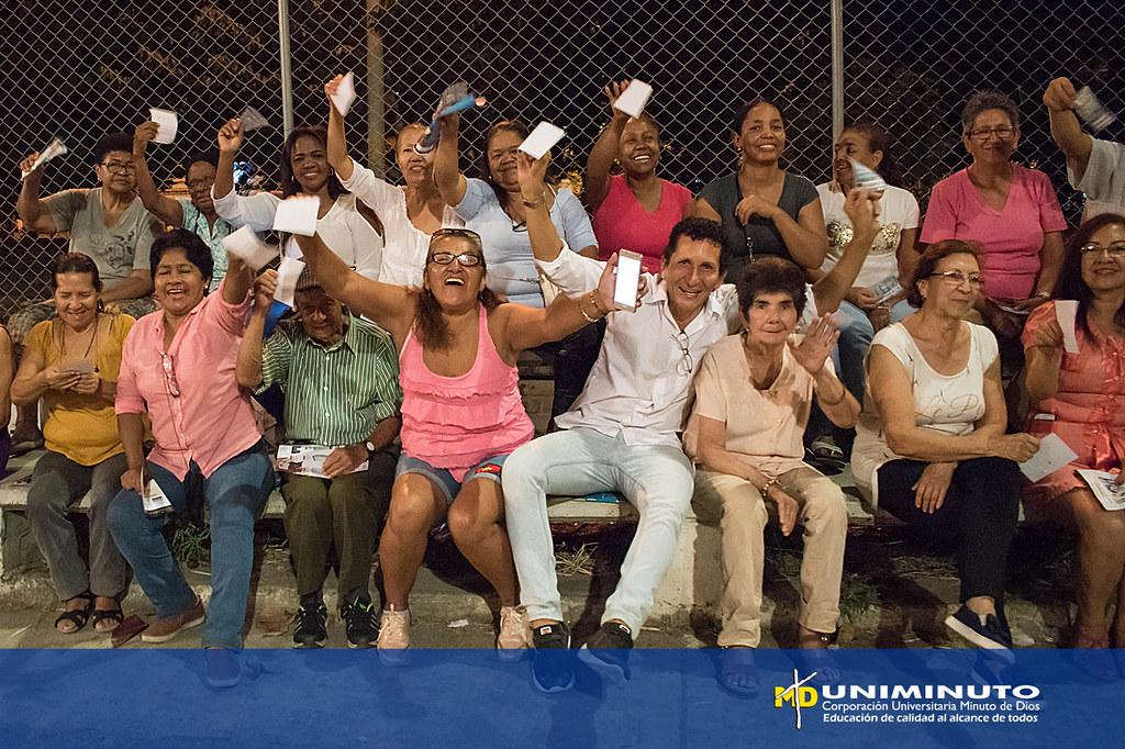 Uniminuto Al Barrio con La Máxima 89.1fm
