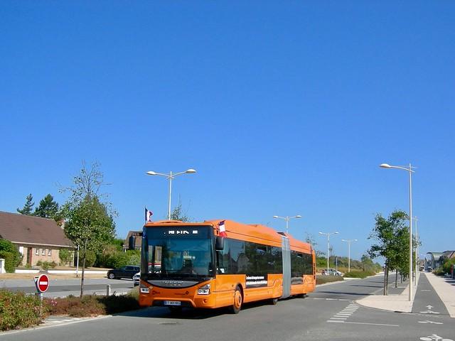 Leffrinckoucke - Iveco Bus, Nikon COOLPIX P2