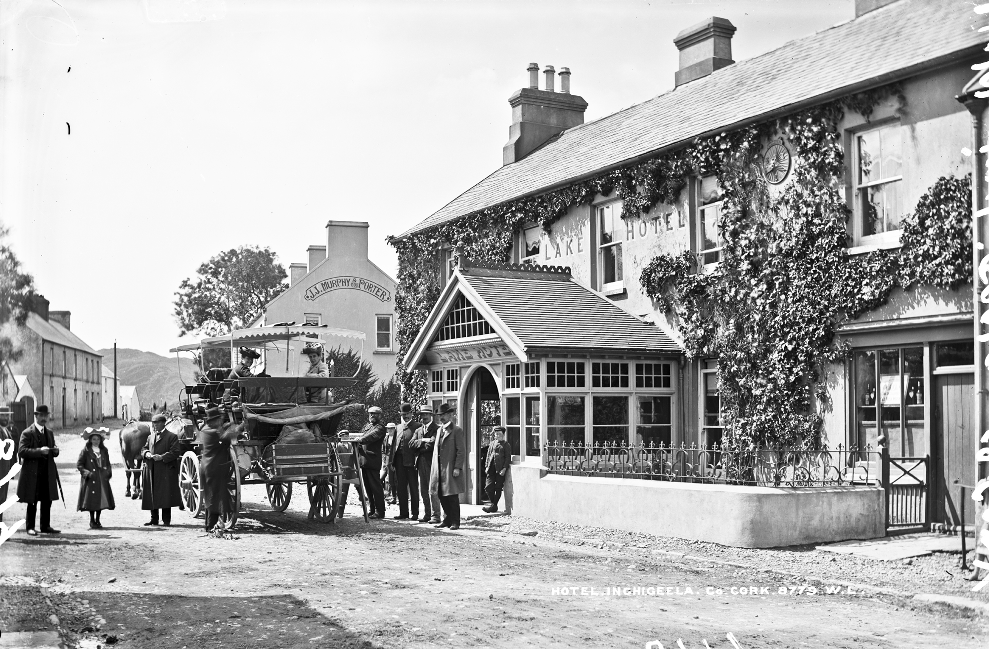 Charabanc at the Lake Hotel