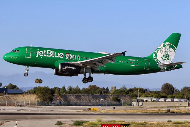"jetBlue Airbus A320-232 (c/n 2286) N595JB ""Lucky Blue"""