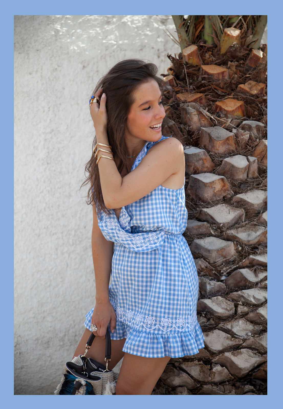 07_Revolve_dress_tularosa_gingham_style_outfit_theguestgirl_influencer_barcelona_spain_laura_santolaria