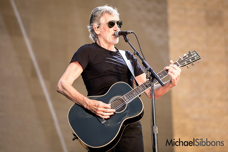 roger-waters_03