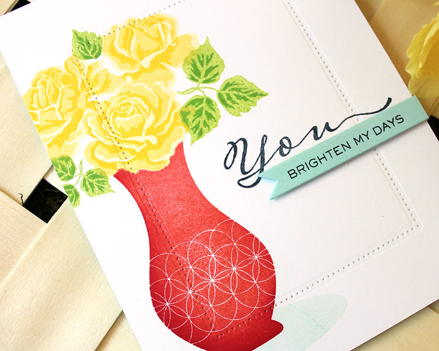 LizzieJones_PapertreyInk_SimpleToSpectacular_June2018_TheSweetLife_YouBrightenMyDaysCard2