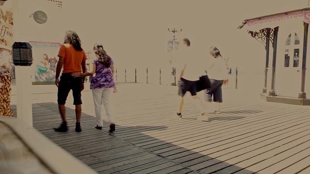 Walk Along the Pier, Fujifilm FinePix S9900W S9950W