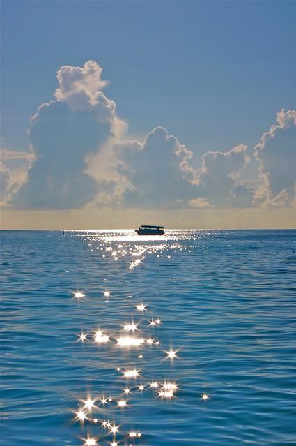 Shimmering waters - Indian, Pentax K-7, smc PENTAX-DA 18-55mm F3.5-5.6 AL WR