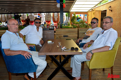 Balkon Cafe hizmette