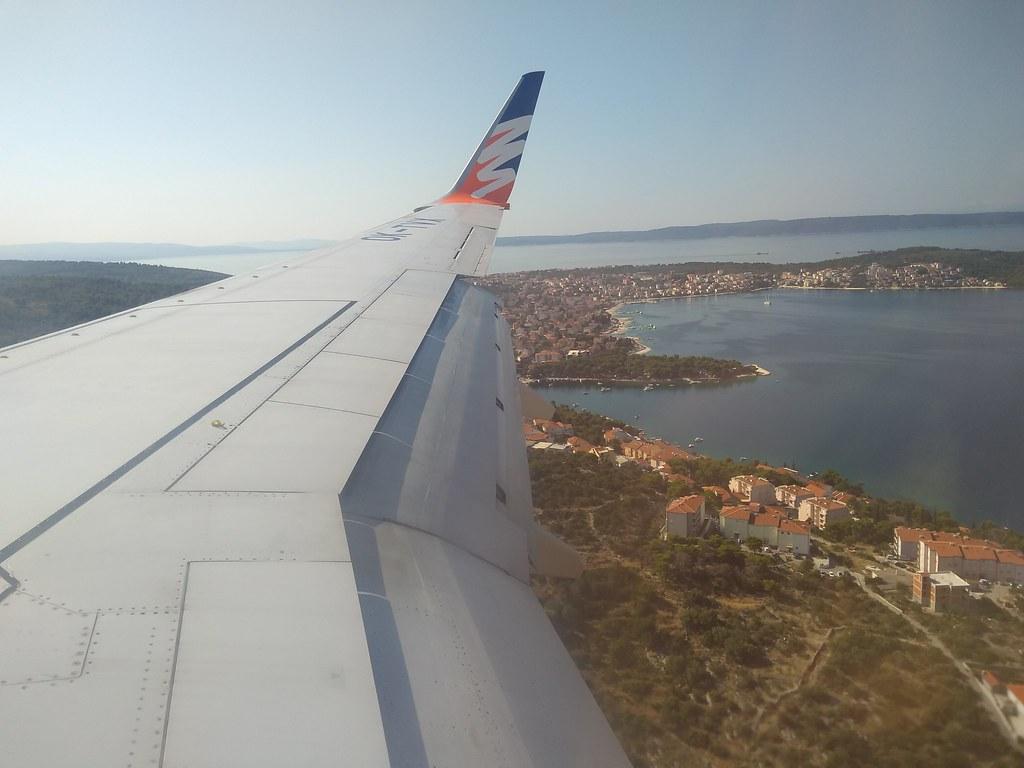 Airplane to Split