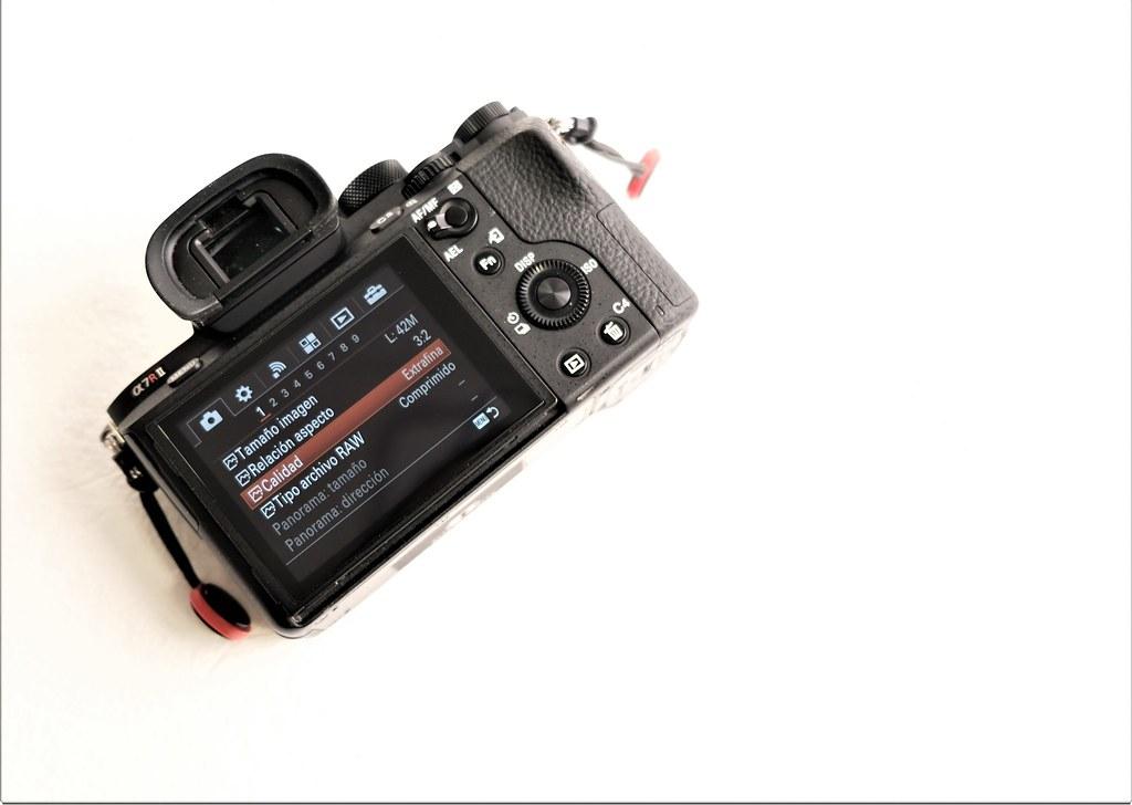 Sony A7RII con un año de garantía  VENDIDA  en Camaras y Objetivos43526674781_b9f0bd8b5f_b