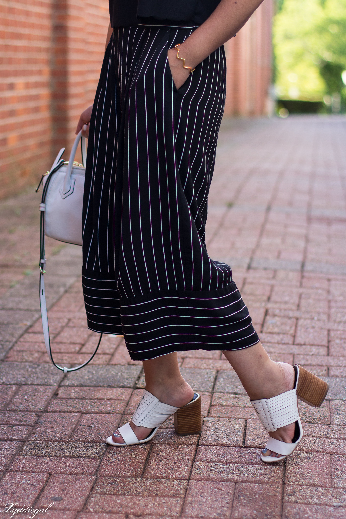 scalloped crop top, striped culottes, white mules-9.jpg