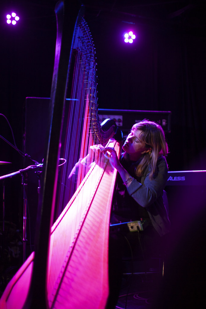 Mary Lattimore, amazing experimental harpist