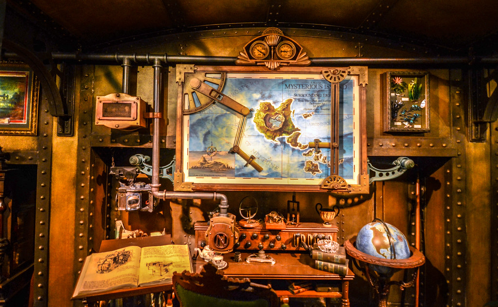 20,000 Leagues queue Mysterious Island map TDS