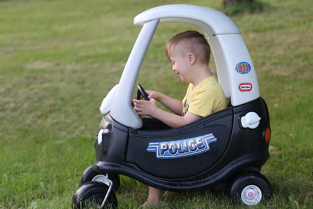 Police Car Cozy Coupe