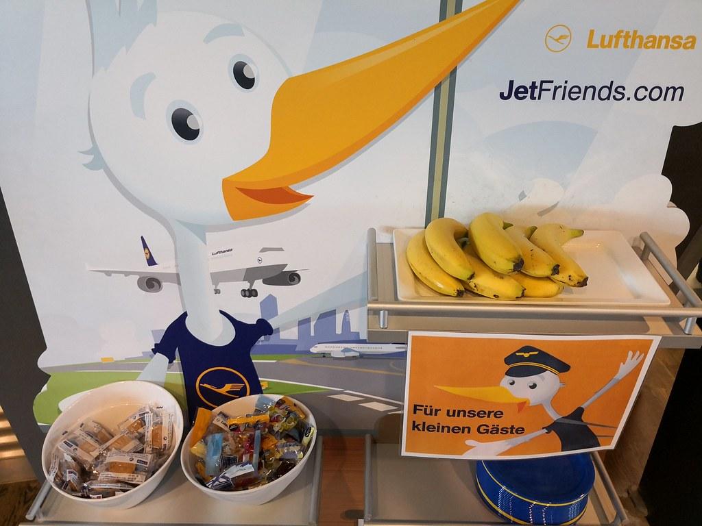Jet Friends corner