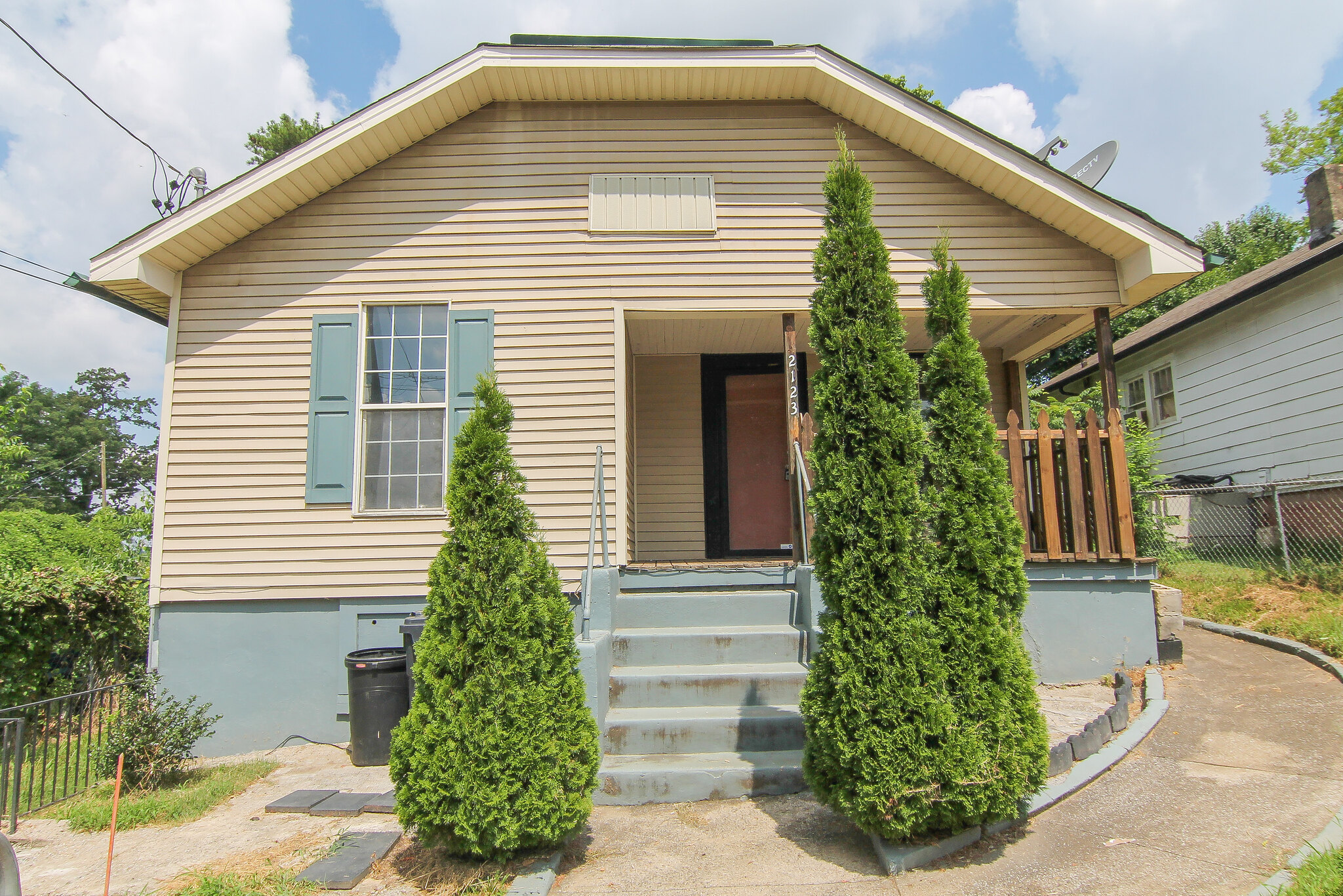 2123 Vermont Ave, Knoxville, TN 37921