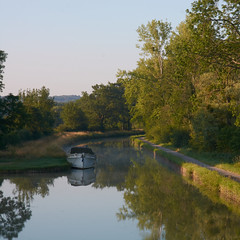 Canal du Nivernais au petit matin - Photo of Val-de-Mercy