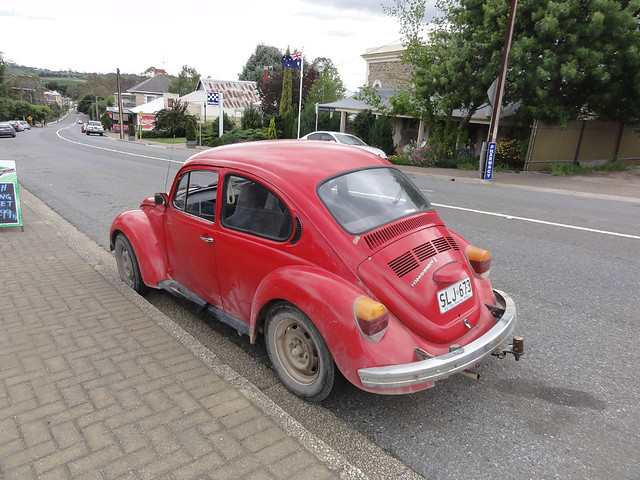 Red VW Beetle in, Sony DSC-HX5V
