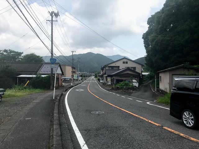 大茂山 登山口への道 国道157線 分岐