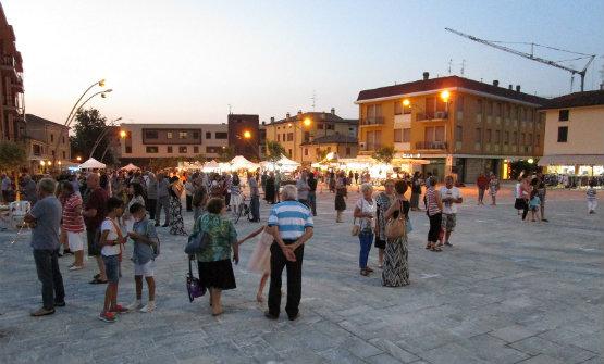 cavezzo_piazza_martiri_inaugurazione_555