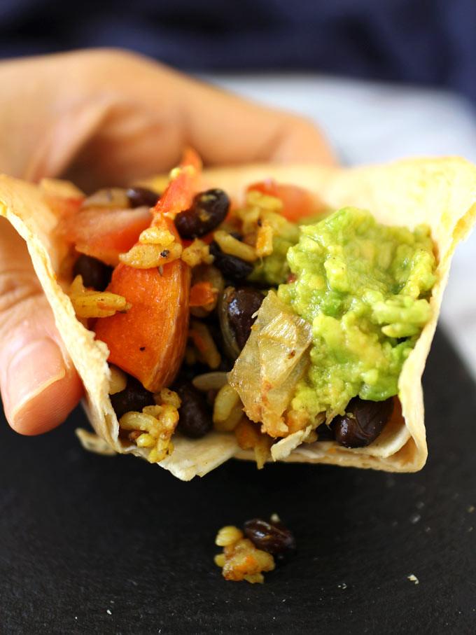 Pumpkin, Black Bean, And Avocado in Tortilla Cups (7)